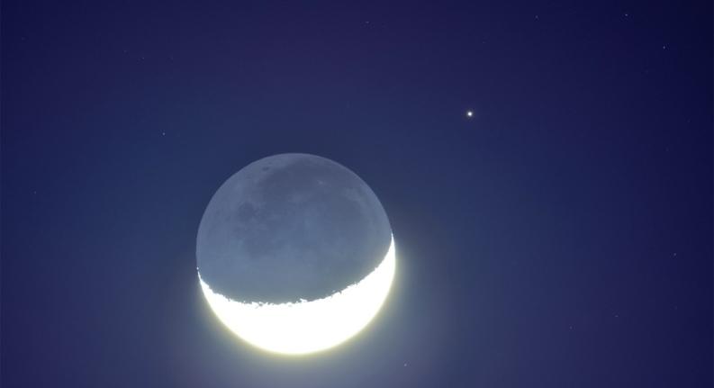 16日将上演星月童话:红火星与峨眉月浪漫邂逅