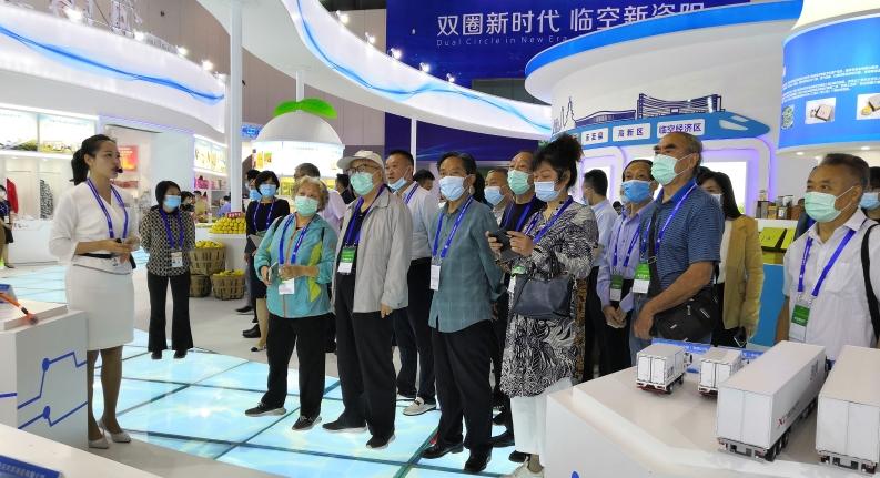 资阳党政代表团到西博会观展 感受资阳变化 关注最新发展